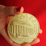 lucie_llong_invitée_d'honneur_salon_de_peinture_médaille_de_l'assemblée_nationale_3