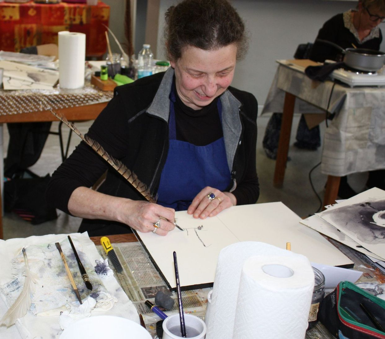 Stage et cours de peinture réalisé par Lucie LLONG, artiste peintre professionnelle à Champeix (Auvergne Rhône Alpes - Puy de Dôme - 63) sur la peinture à l'encre et la technique du lavis